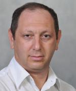 Full Professor Igor Lubomirsky