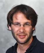 Senior Scientist Schraga Schwartz
